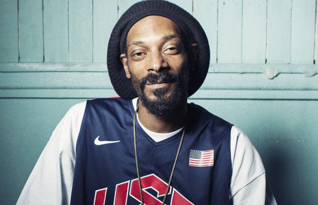 A vida de um dos rappers mais famosos do mundo não é nem um pouco pacata. Snoop  Dogg já passou por fases bem polêmicas durante sua carreira de ator 3ab295e9c8f8c